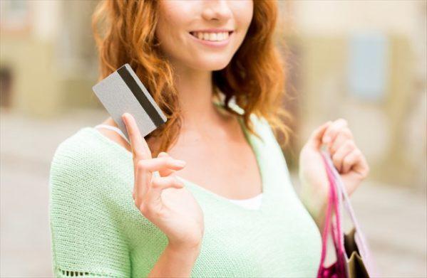 クレジット現金化で他人名義のカードを利用できるかは条件次第!