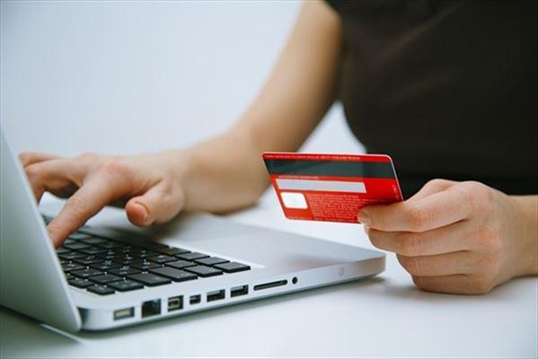 クレジットカードで買える換金率の高い商品ってなに?