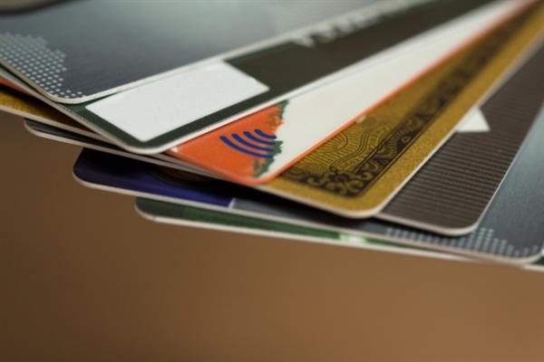 24キャッシュの利用にはクレジットカード情報が必要