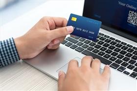 法人カードで現金化を利用する人のイメージ